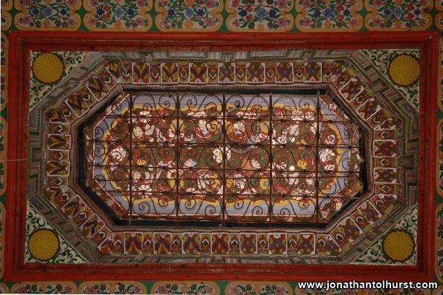ceiling_detail_1