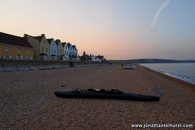 looking-north-on-torcross-beach