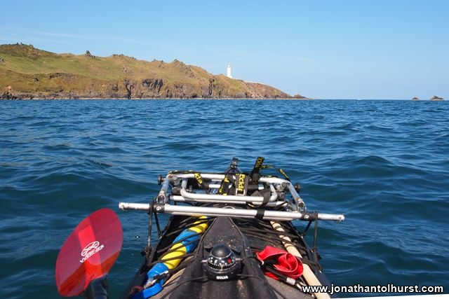 start-point-lighthouse-from-kayak