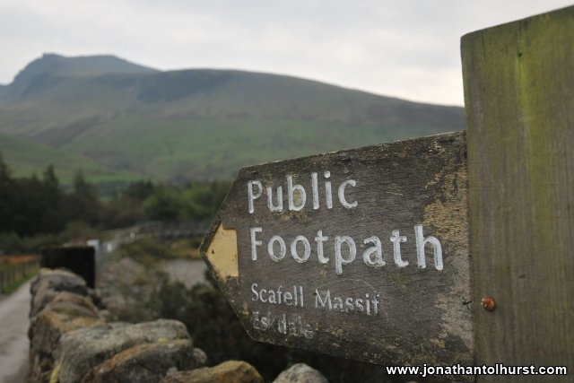 the-path-to-scafell-pike