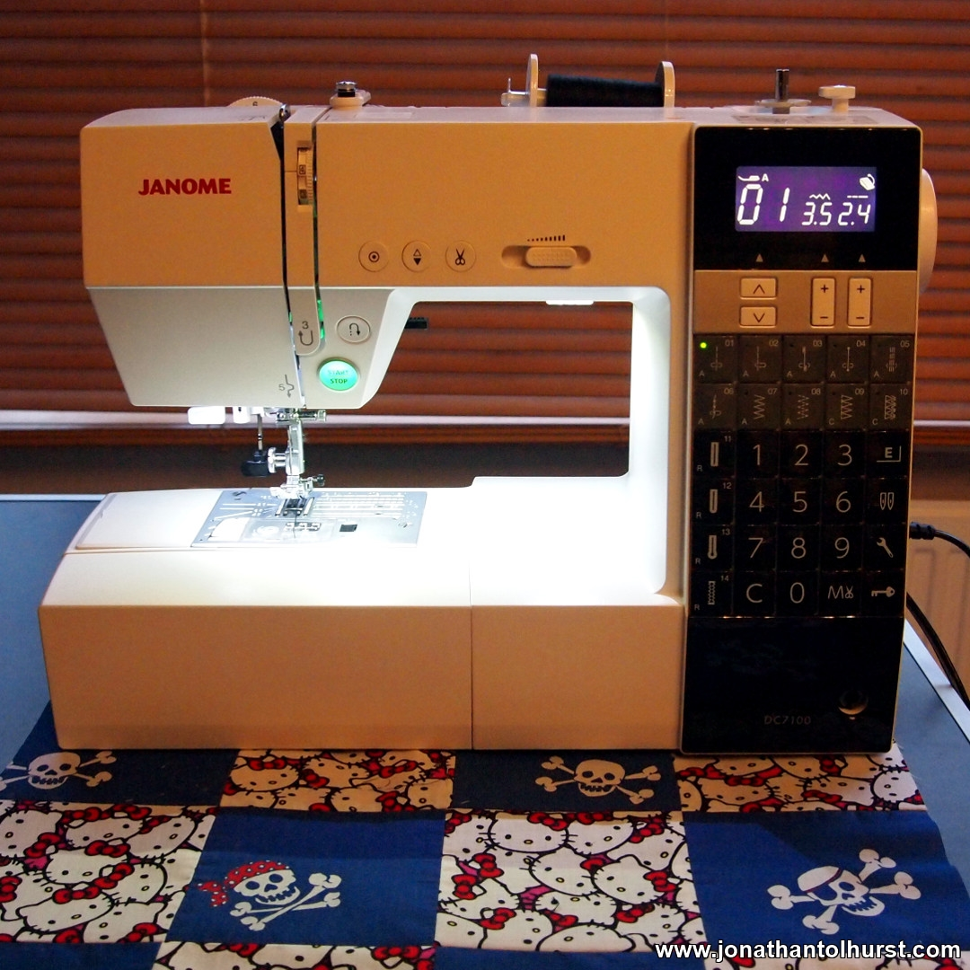 Janome DC7100 Sewing Machine